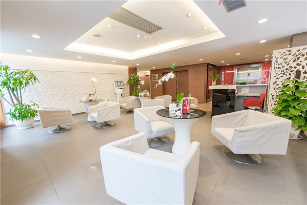 杭州艺星医疗美容医院二楼候诊区